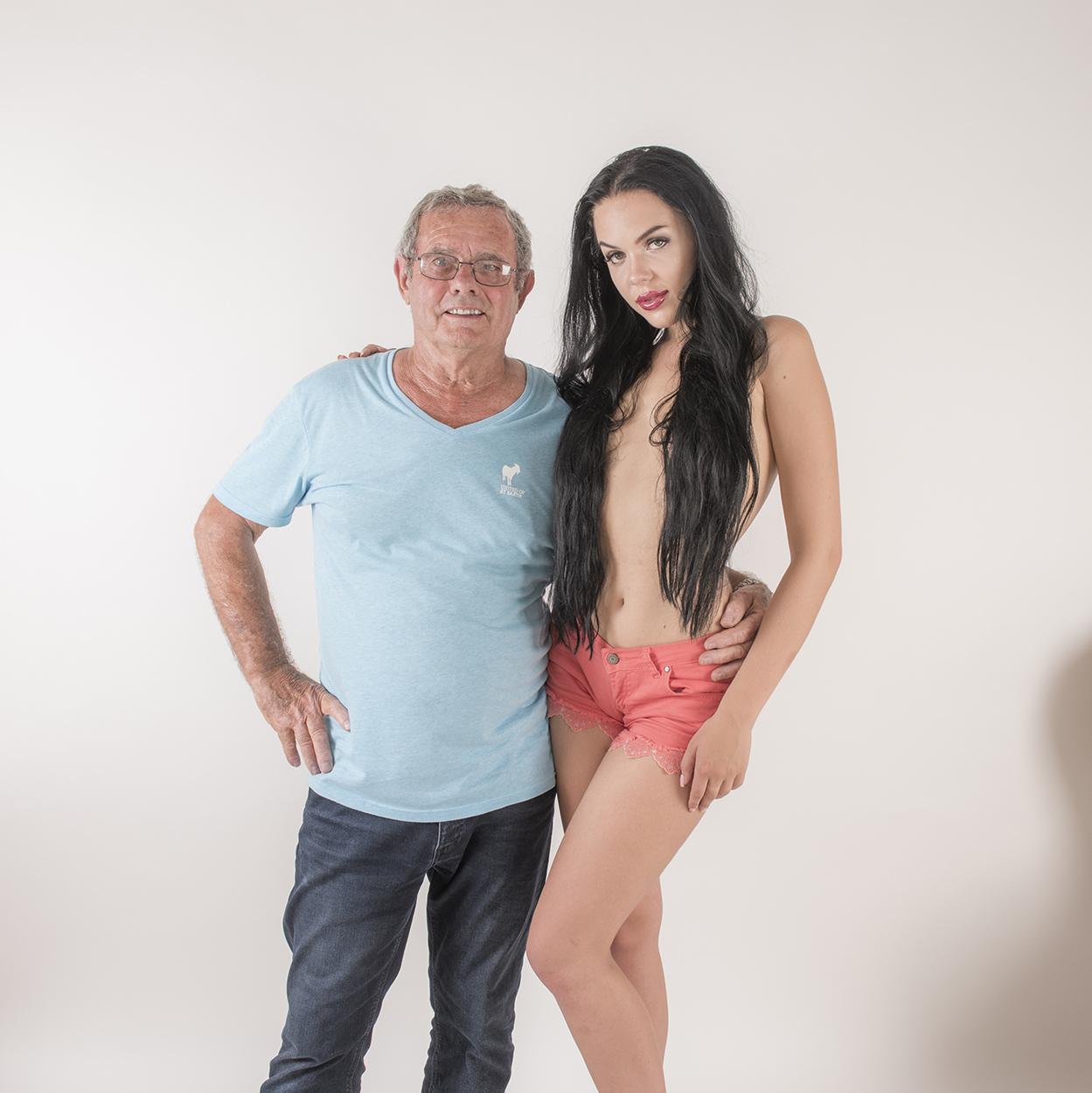 Photographe de charme et son modèle